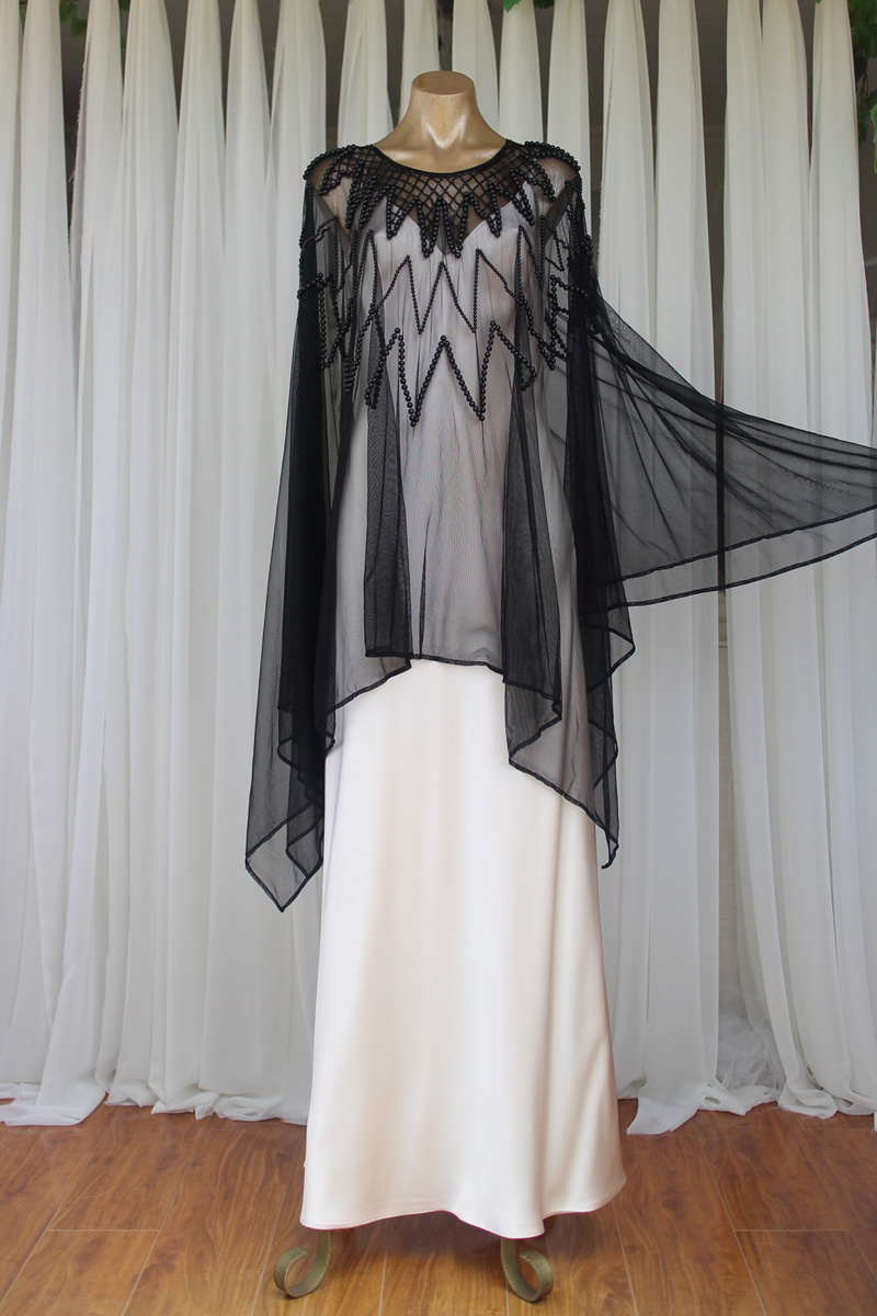 Black Beaded Zigzag Kaftan